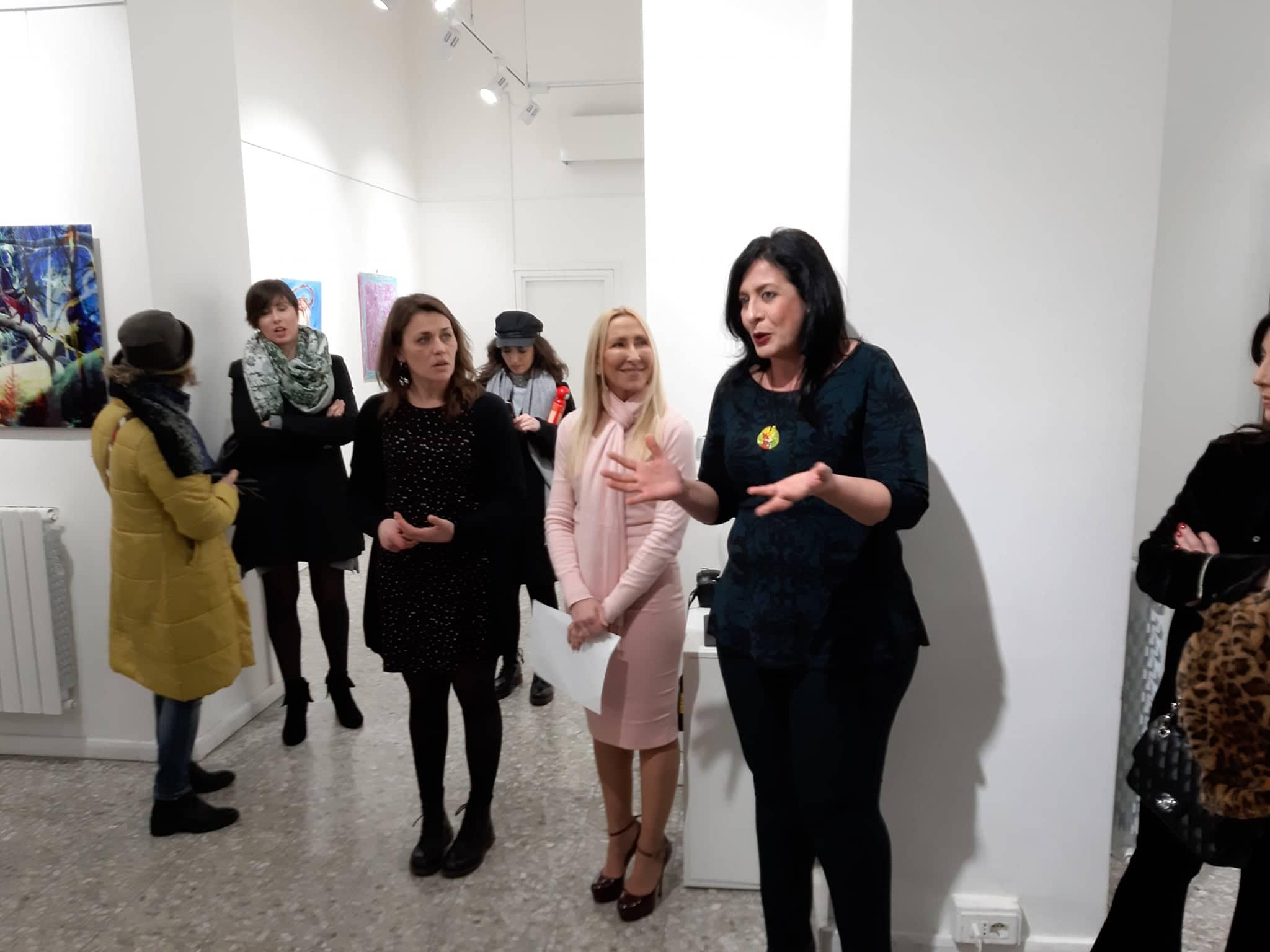 Video presentazione mostra Tra forma e colore galleria Medina Arte Parte seconda