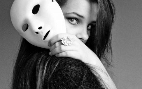 Senza più maschere